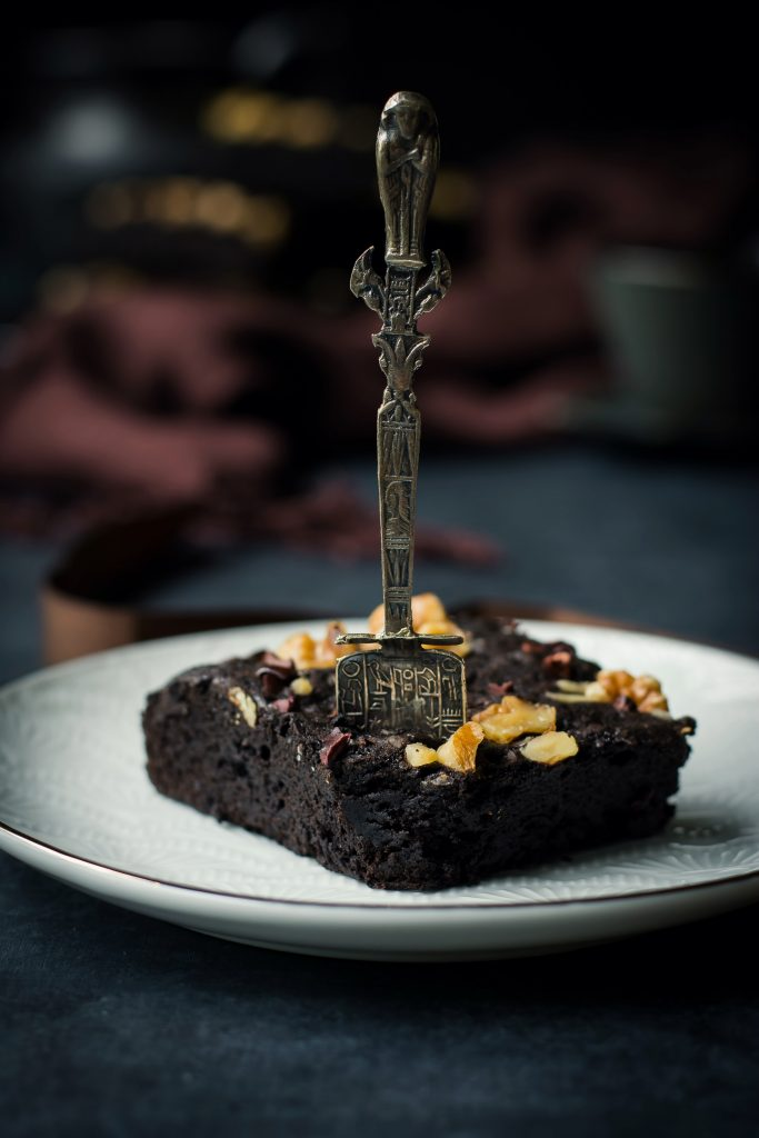 With Cacao nibs, cocoa and nuts, these would be the BEST EVER Nutty Chocolate Fudge Brownies you've ever had the privilege to enjoy!