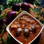 Kathirikkai Kuzhambu (Brinjal curry)