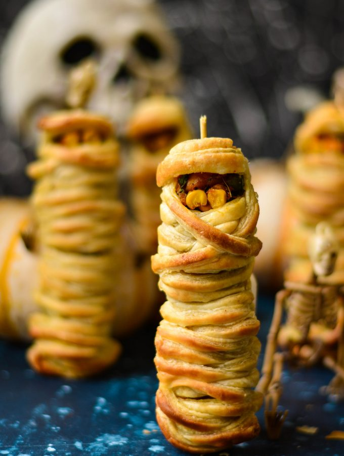 This year's Halloween series closes with these really cute Veg Puff Mummies - Super easy to make, and super delicious to enjoy!