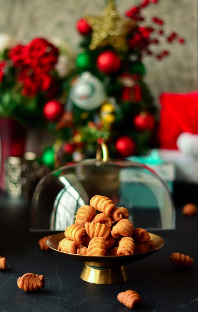 Indian christmas cookie kal kal love is in my tummy there is no indian christmas without kal kal a cardamom flavoured deep fried cookie forumfinder Image collections