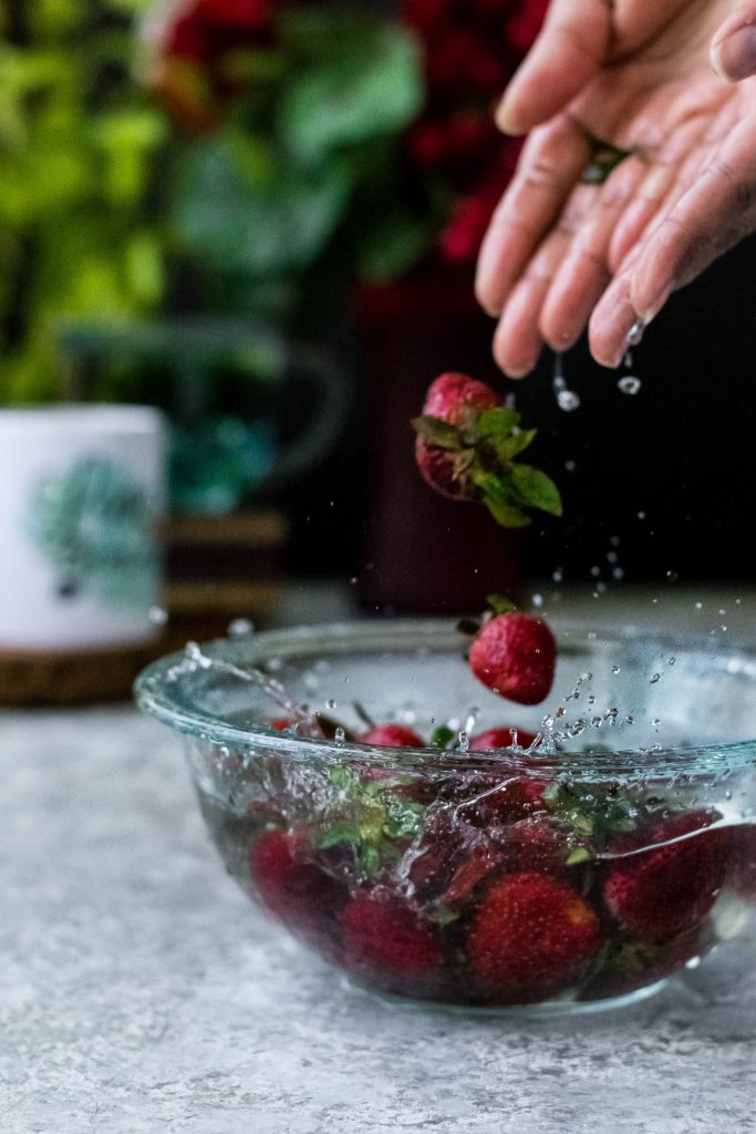 Not only is this Strawberry Jam VEGAN + Gluten-free (uses agar agar), it needs just 5 ingredients and 15 minutes to make!!!