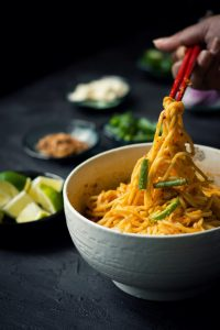 This is a Vegan version of the Mandalay Curry noodles (Mangalay Mote Thi), made with a rich tomato and chickpea curry base. Lunch   Dinner   Asian Cuisine   Burmese Food   Food Photography