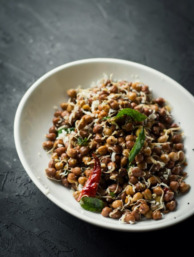 Black Chickpea Sprouts Sundal