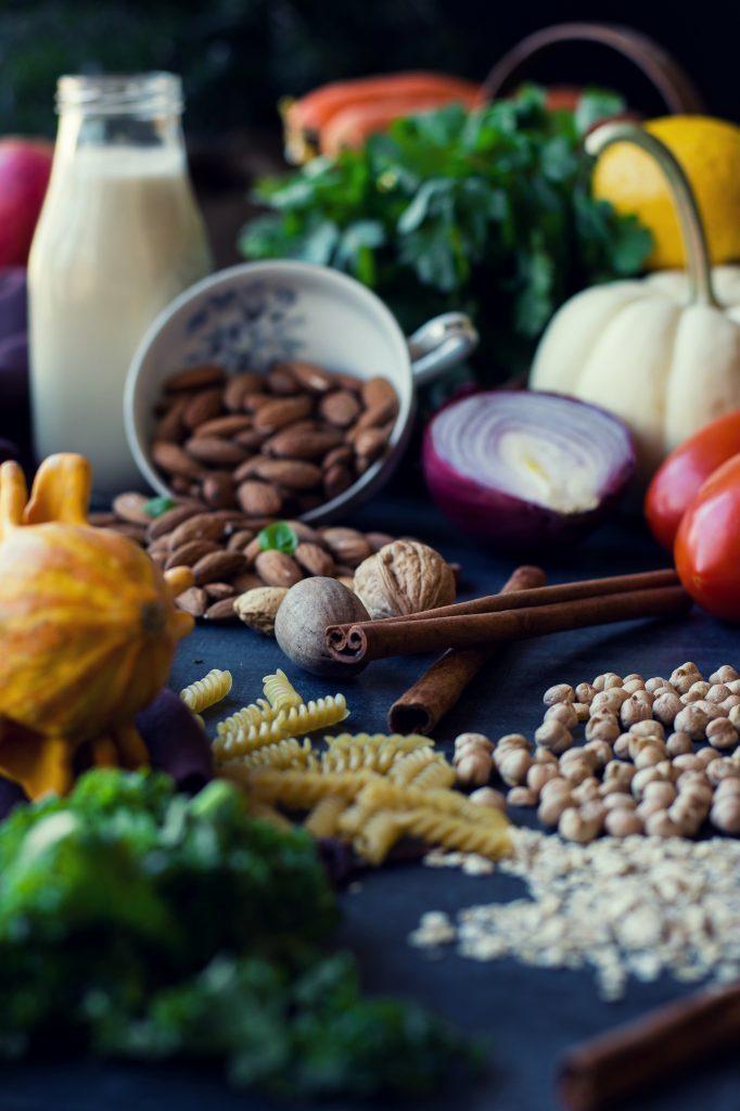At the start of my vegan year, I look at the reasons for why I choose VEGANISM + recipe for Vegan+Refined Sugar-free Pear and Apple Tarte Tatin. #veganism #vegan #2018 #plantbased #tartetatin #jaggery