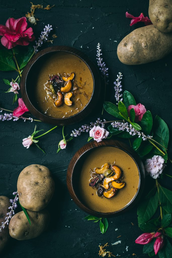 Enjoy Potato in a new form in this VEGAN Potato Kheer - crispy baked potatoes simmered in sweetened coconut + almond milk, cardamom and saffron. #foodphotography #foodstyling #idahopotatoes