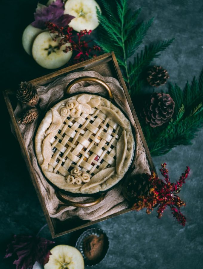 VEGAN Apple Pie for Two - because you deserve an ultra delcious pie even when all you have is one apple! #smallbatchbaking #foodphotography #foodstyling #piecrust #vegan #plantbased #dairyfree