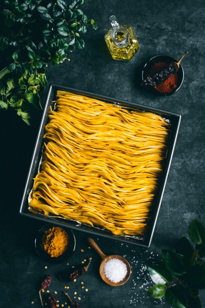 VEGAN Crispy Masala Leaf potatoes, pre-bake