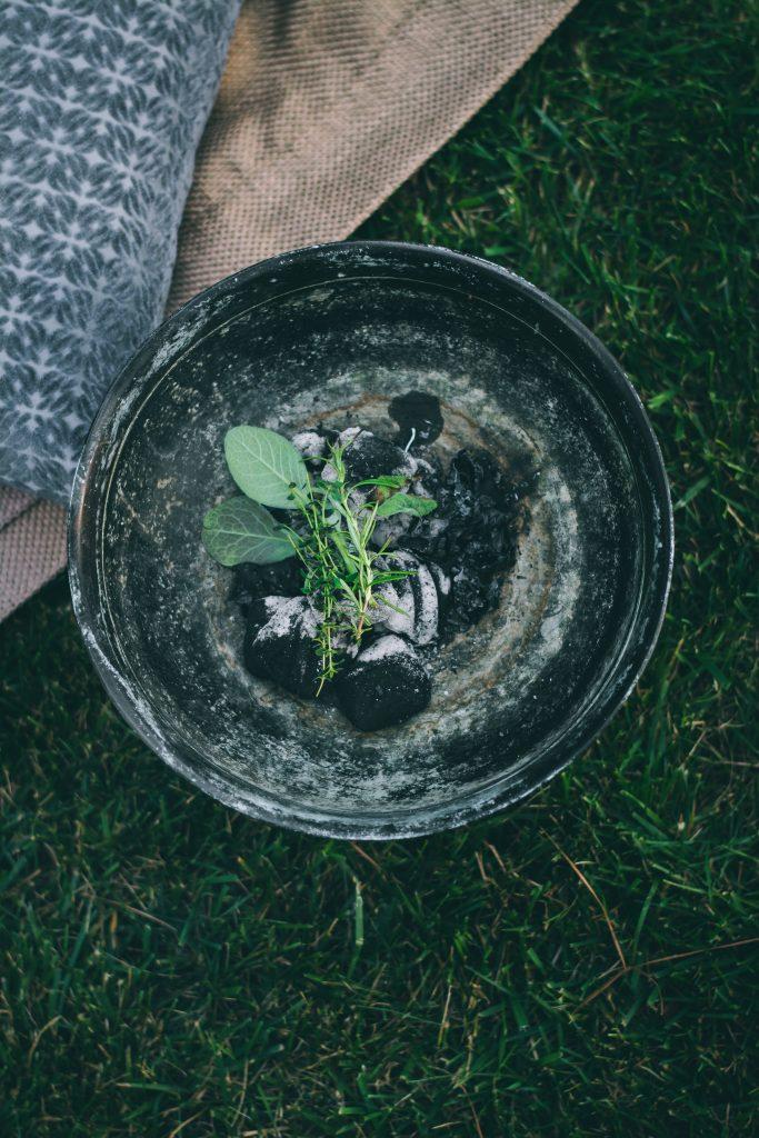 Smoking herbs makes summer picnics bug-free
