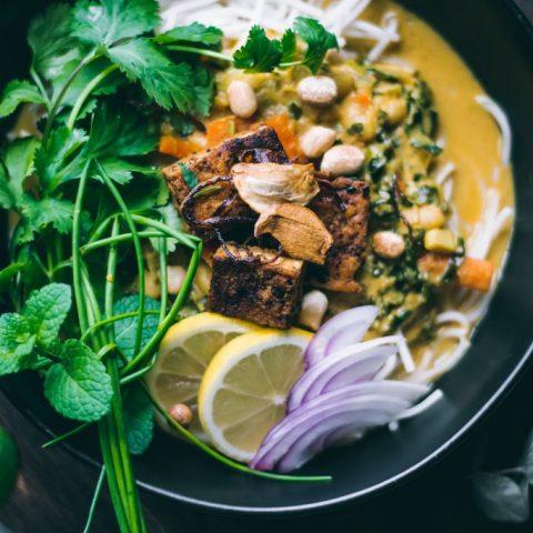 Ohn-no-Khao-Suey | Burmese Noodle Curry
