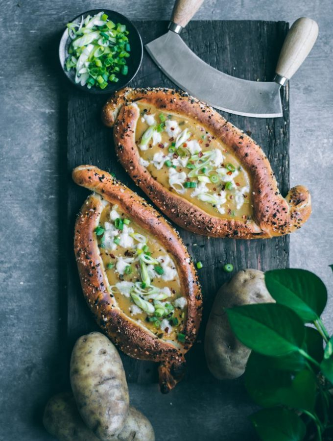 This VEGAN Khachapuri uses a magical low-fat cheeseless 'cheese' sauce made with delicious and nutritious Idaho® potatoes.